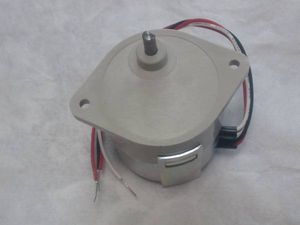 低速(小型ギヤ内蔵)モーター (シンクロナス)DIY ホビー工作 回転方向選択可