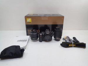 Nikon デジタル一眼レフカメラ D5000 ダブルズームキット ♪ 4A674-1
