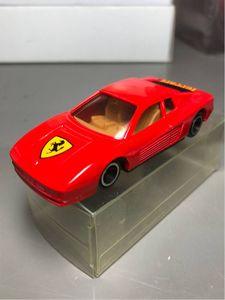 絶版トミカ フェラーリテスタロッサ中国製